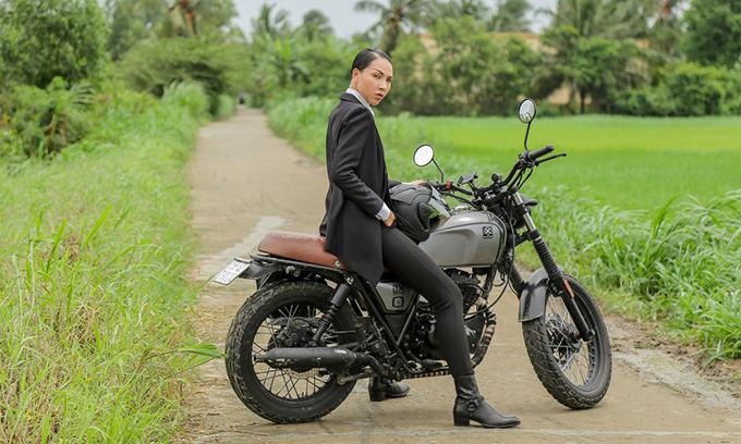 Minh Triệu xuất hiện cực ngầu trong phim Vu quy đại náo.