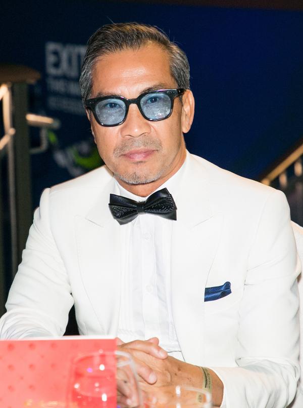 Fashionista Thuận Nguyễn phong độ ở tuổi ngoài 60.