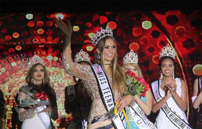 Lottek khi đăng quang Miss Teenager Universe 2017.