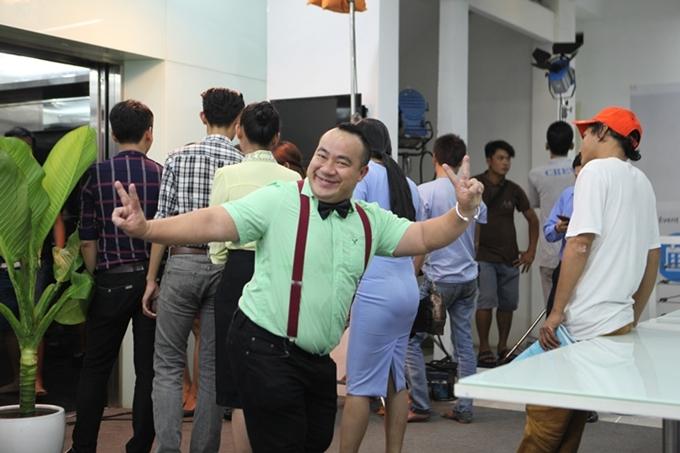 Cuộc gọi định mệnh bắt đầu từ một ý tưởng lạ trong điện ảnh Việt. Tuy nhiên, kịch bản phim được xử lý kém duyên, thiếu thuyết phục, dàn diễn viên vào vai gượng gạo, khiến phim khó lấy được thiện cảm của người xem.