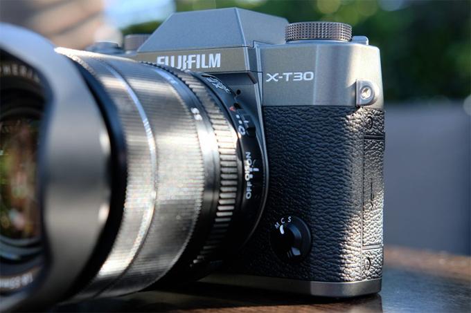 Máy ảnh không gương lật Fujifilm X-T30 về Việt Nam - 2