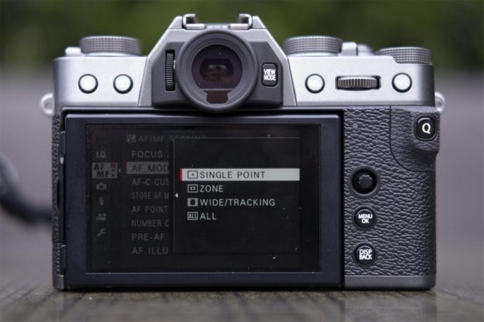 Máy ảnh không gương lật Fujifilm X-T30 về Việt Nam - 1