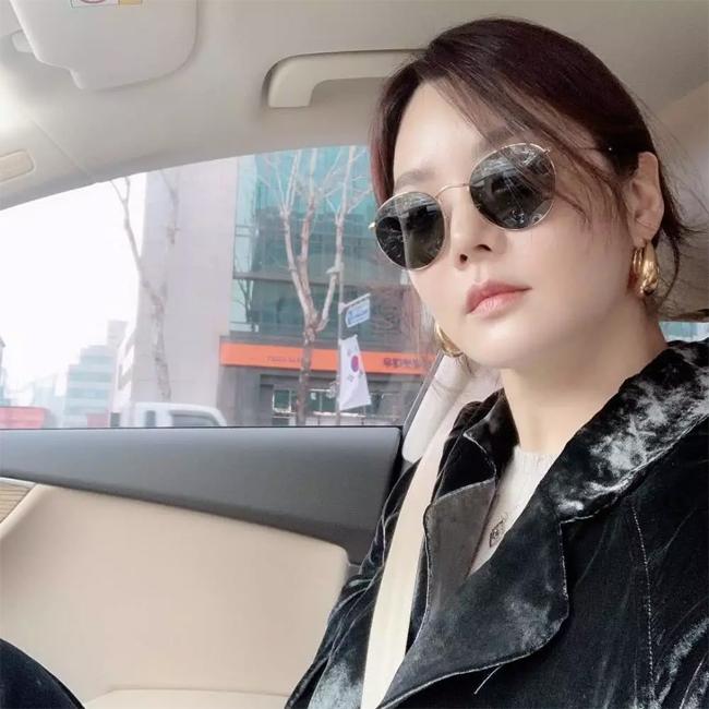 Hình ảnh mới của Chae Rim.