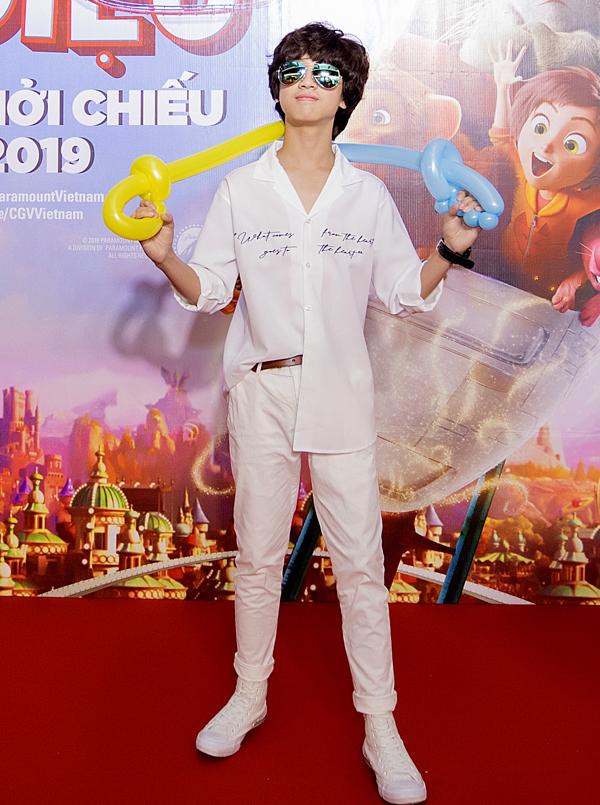 Bé Gia Khiêm từng thi Vietnam Idol Kids nay đã lớn bổng, ra dáng thanh niên.