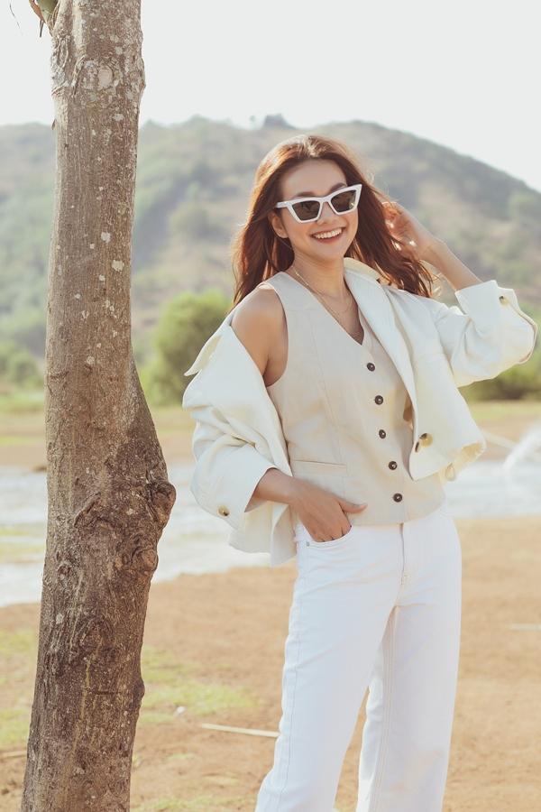 Vẻ trẻ trung, rạng rỡ của Thanh Hằng ở tuổi 36 khiến nhiều người ghen tỵ.