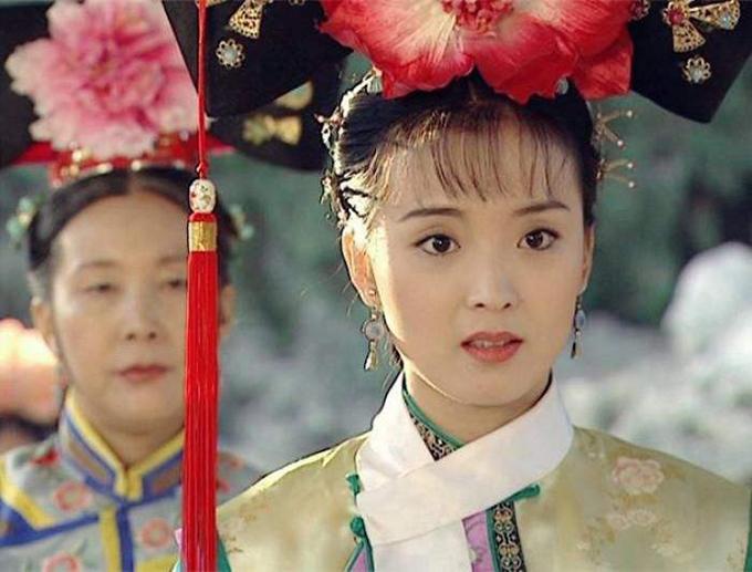 Vương Diễm xinh đẹp đoan trang trong phim Hoàn Châu cách cách.