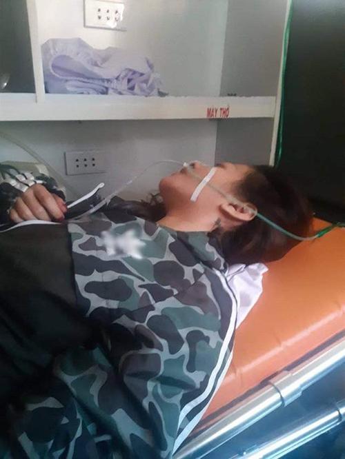 MiA trải qua hôn mê trong bệnh viện khiến người thân không khỏi lo lắng.