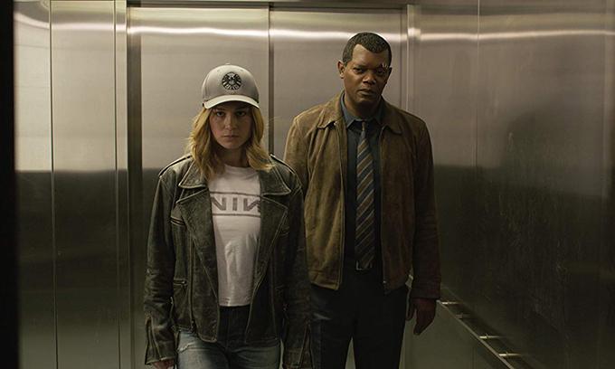Brie Larson (trái) thể hiện nhân vật Captain Marvel, Samuel L. Jackson tiếp tụcvào vai Nick Fury quen thuộc của loạt phim trong vũ trụ điện ảnh Marvel.