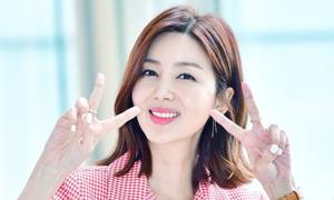 Bà xã Han Jae Suk không dám mặc áo tắm sau sinh con
