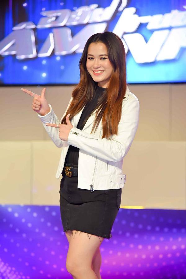 Lâm Vỹ Dạ đảm nhận vai trò MC mùa hai của Đấu trường âm nhạc. Chương trình bắt đầu lên sóng trênTHVL1 lúc 21h chủ Nhật hàng tuần từ ngày 24/3.