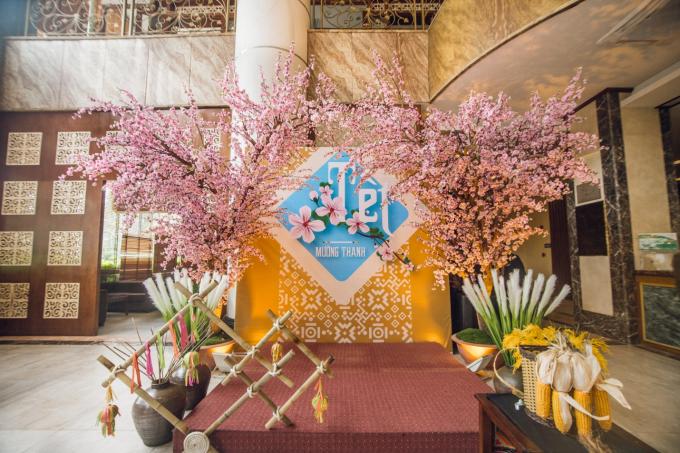 Khởi nguồn từ vùng đất Điện Biên, hàng năm, vào ngày 12/3, trên hơn 50 khách sạn của Tập đoàn khách sạn Mường Thanh lại cùng nhau đón Tết Mường Thanh. Đại sảnh của các khách sạn sẽ được trang trí tái hiện không gian Tết vùng cao với nhiều hoạt động cho du khách: nhảy sạp, ném còn... Bếp của khách sạn sẽ phục vụ nhiều món ăn Tây Bắc.