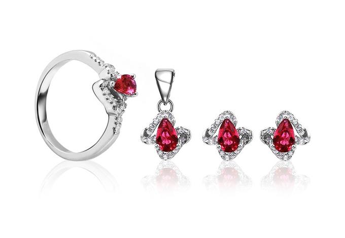 Thương hiệu Eropi đang giảm giábộ trang sức bạcRuby Beautyvới giá gốc 841.000 đồng còn 649.000 đồng. Người tiêu dùng có thể xem thêm đa dạng các mặthàng trang sứcsử dụng đá phong thủy trên Store Ngôi Sao.