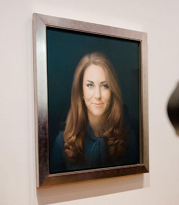 Bức chân dung của Kate được trưng bày ở phòng Trưng bày chân dung quốc gia London.