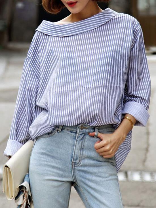 Phần lưng áo và ngực áo được đổi vị trí cho nhau để mang tới hình hài mới cho các mẫu sơ mi. Điểm nhấn này khiến nhiều nàng thích thú và chúng để mix đồ street style.