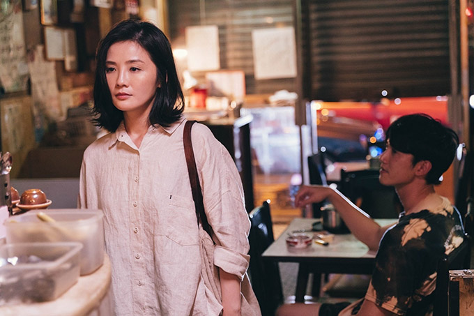 Trong phim Phi phân thục nữ (tạm dịch Người phụ nữ sa ngã), Thái Trác Nghiên vào vai Tiểu Mẫn - một phụ nữ đã kết hôn 4 năm nhưng chưa có đêm động phòng chính thức với chồng. Cuộc sống tình dục không như ý khiến hôn nhân của họ đổ vỡ.