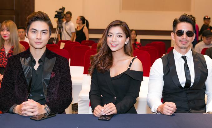 Katleen Phan Võ (giữa) - nữ chính của phim là con gái của Hoa hậu điện ảnh 1992 Thanh Xuân.