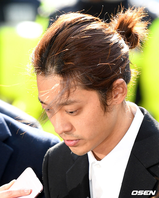 Jung Joon Young bị thẩm vấn vì quay lén video sex - 5