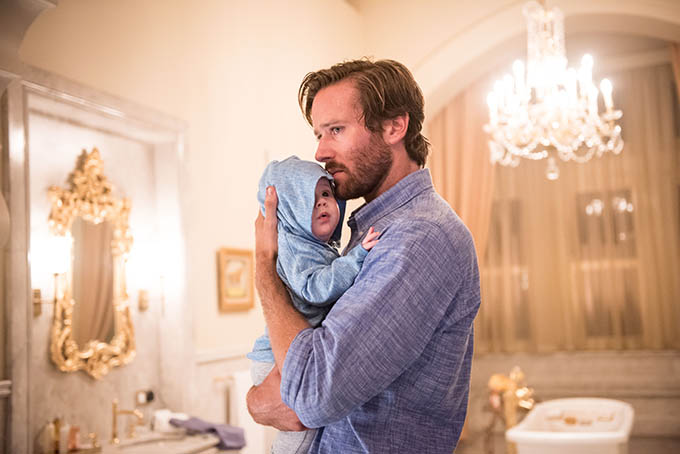 Armie Hammer đóng vai một khách du lịch đến Mumbai cùng vợ và đứa con mới chào đời.