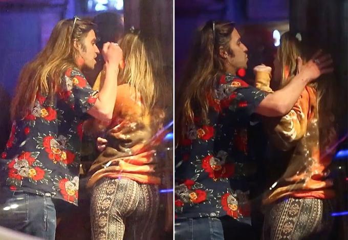 Paris hét lên Hãy để tôi yên khi bạn trai chạm vào tóc cô.
