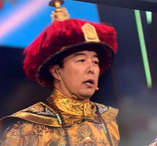 Vua Càn Long Trương Thiết Lâm đã phát tướng ra rất nhiều so với 2 thập kỷ trước.