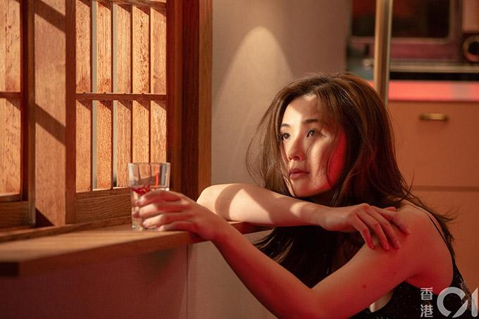 Thái Trác Nghiên thực hiện bộ ảnh quảng bá phim Phi phân thục nữ.