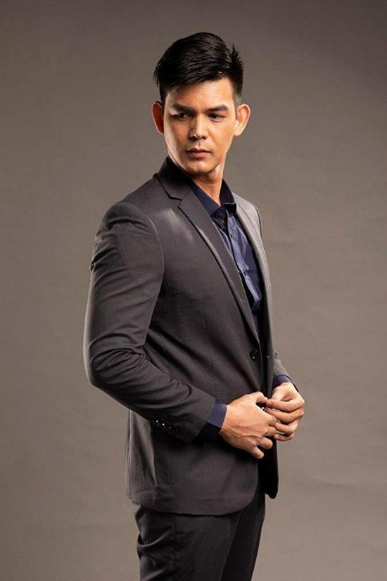 Mỹ nam PhilippinesDion Ignacio.