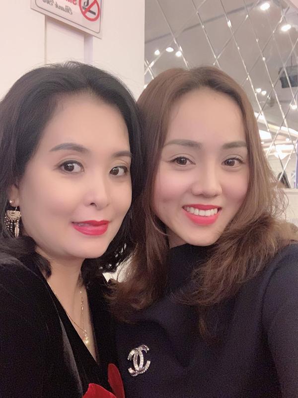 NSND Trung Hiếu và  vợ kém 19 tuổi làm tiệc cưới tại quê nhà Thái Bình - 6