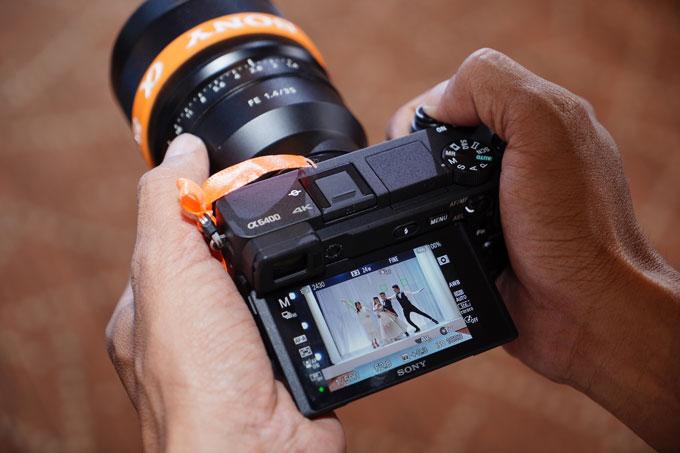 Máy ảnh không gương lật Sony A6400 giá từ 23 triệu đồng - 1