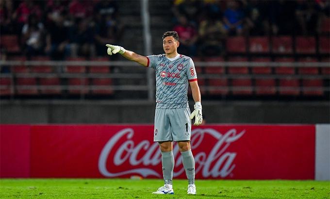 Văn Lâm đang xây chắc vị trí thủ môn số mộtở Muangthong United. Ảnh: MTU.