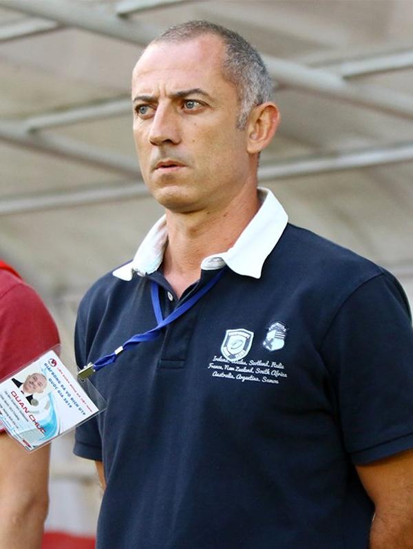 Ông Guillaume Graechen dẫn dắt U19 Việt Nam ở giải quốc tế tại Nha Trang.