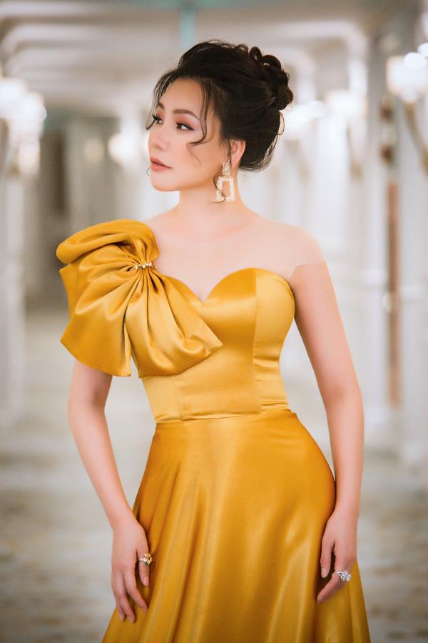 Giọng ca Bức thư tình thứ hai cho biết cô không thể từ chối lời mời của Đài truyền hình Việt Nam. Hơn nữa đêm nhạc lại được tổ chức tại quê hương của cô và mang ý nghĩa hội tụ nhiều thế hệ ca sĩ trưởng thành từ cuộc thi Sao Mai.