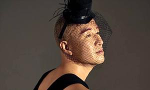 Sao nam đồng tính Hàn mặc váy khoe thân trên Playboy