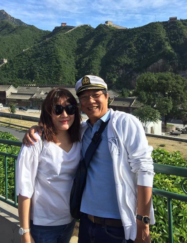 Trọng Trinh và bà xã trong một chuyến du lịch hồi đầu năm 2018.