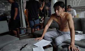 Nam vương TVB gầy rộc để đóng người bệnh