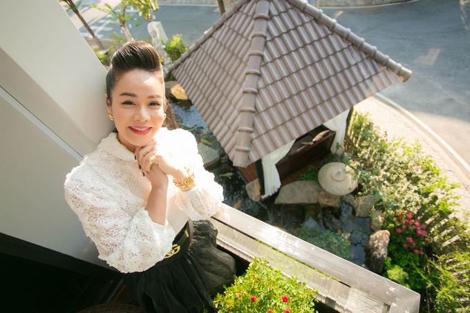 Nhật Kim Anh bức xúc trước tin đồn cô nghỉ hát.