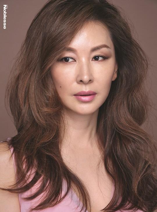 Nữ diễn viên Lee Mi Sook.