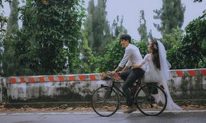 Ảnh cưới như thước phim Hong Kong chụp ở đèo Hải Vân, Lăng Cô