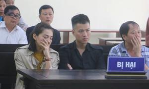 Lưu Đê Ly tới tòa đối chất vụ lừa thuê xe