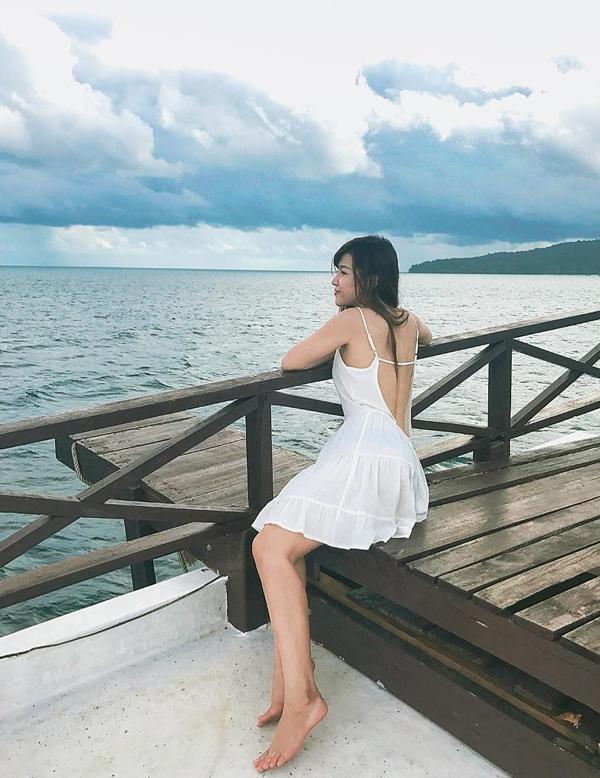 Bạn gái Đặng Văn Lâm thích mặc sexy khoe dáng nuột - 10