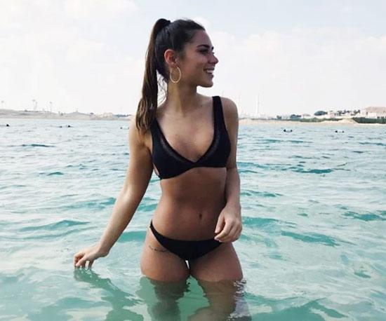 Bạn gái sao trẻ Real là người dẫn chương trình ở Tây Ban Nha, sở hữu thân hình nóng bỏng.