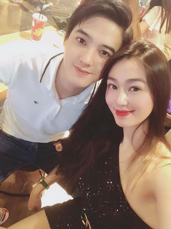 Khánh My sinh năm 1991, trong khi bạn trai kém cô 3 tuổi.