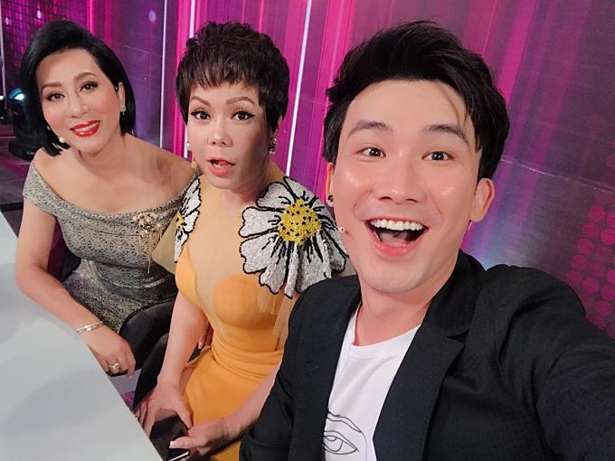 Chí Thiện selfie khi hội ngộ Việt Hương, MC Kỳ Duyên.