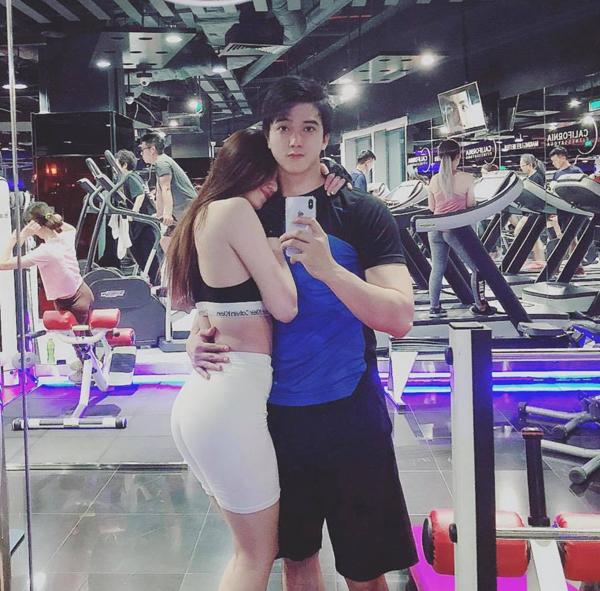 Cặp đôi thường xuyên biến phòng tập gym thành chốn hẹn hò.