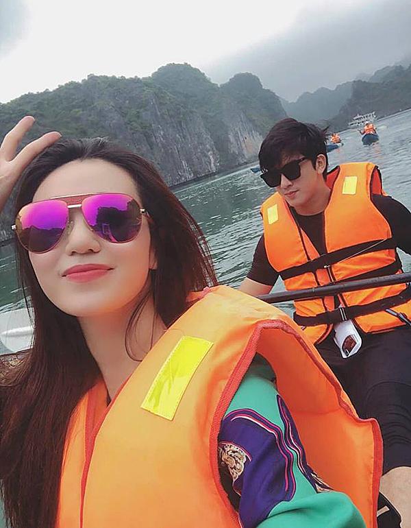 Mỗi lần hẹn hò, đi du lịch chung, Khánh My đều vui vẻ đăng ảnh lên trang cá nhân.