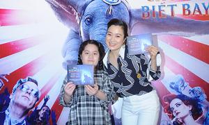 Thương 'Phía trước là bầu trời' đưa con gái đi xem phim