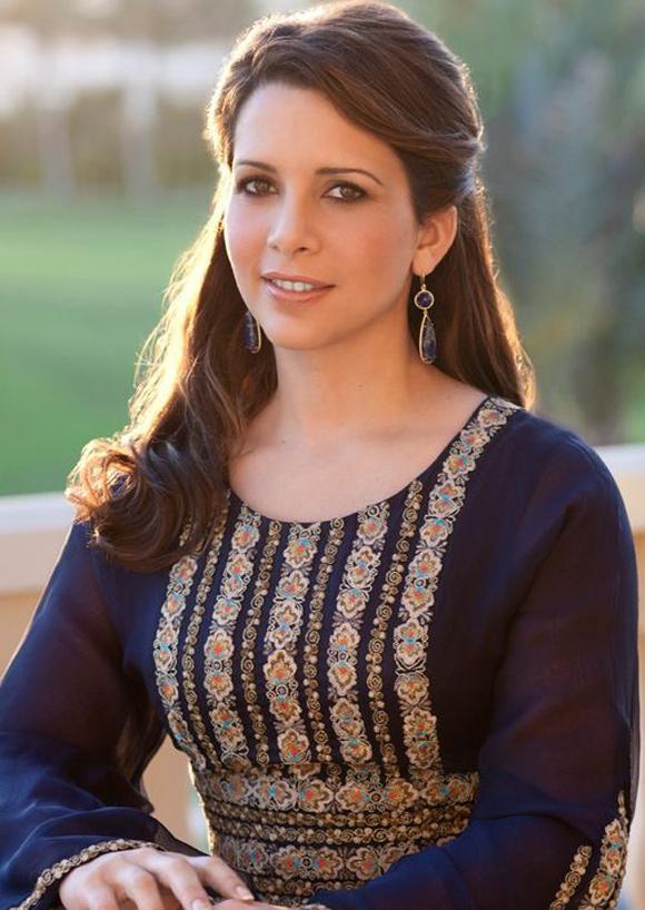 Công chúa Haya bint Al Hussein là con gái của Vua Hussein của Jordan với người vợ thứ ba của ông, Hoàng hậu Alia.