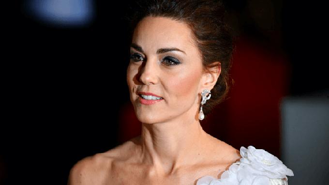 Catherine Middleton (Kate Middleton) là Nữ công tước xứ Cambridge, vợ Hoàng tử William, cháu trai trưởng của Nữ hoàng Elizabeth II, Vương quốc Anh. Kate sinh năm 1982 và đã sinh ba con với Hoàng tử William.