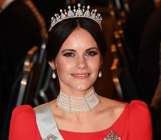 Công nương Sofia, Nữ Công tước xứ Värmland nhũ danh Sofia Hellqvist sinh ngày 6 tháng 12 năm 1984, là vợ của Hoàng tử Carl Philip, Công tước xứ Värmland. Trước khi kết hôn, Sofia là một người mẫu và người chơi truyền hình thực tế.