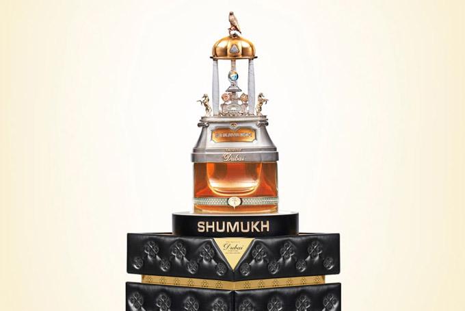 Chai nước hoa Shamuk của The Spirit of Dubai. Ảnh: CNN.