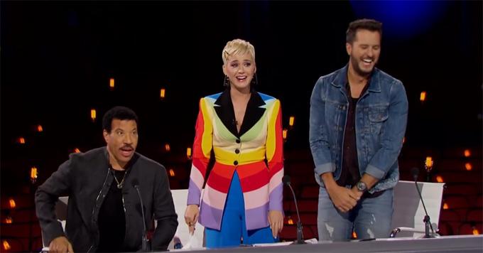 Ba vị giám khảo Lionel Richie, Katy Perry và Luke Bryan trong đêm thi Hollywood Week tối 25/3.